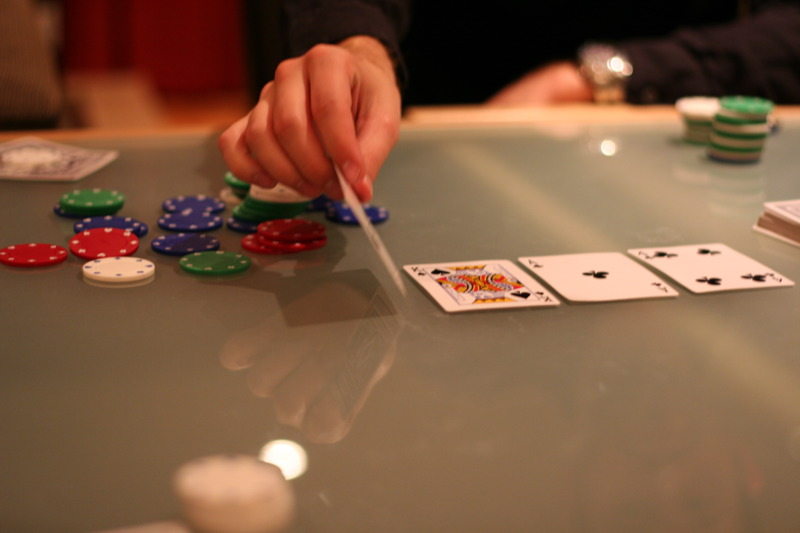 The Basics of Online Poker