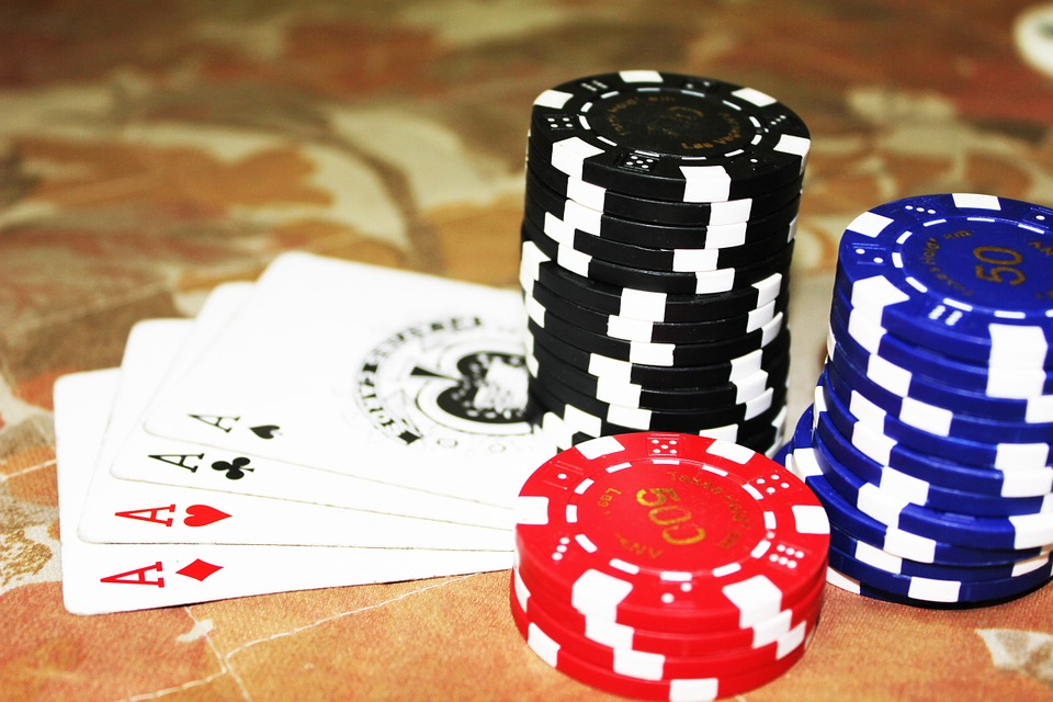 Betting in limit poker south point betting