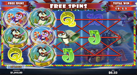 Holly Jolly Penguins slot features